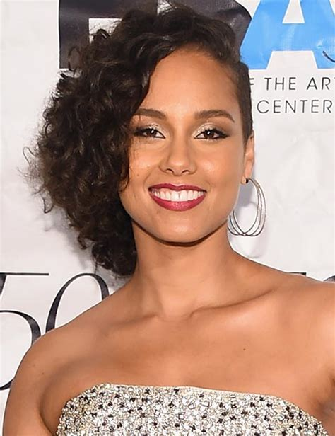 Top 10 times Alicia Keys gave us edgy hair inspiration
