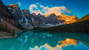moraine lake landscape at banff national park 5k