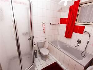 Dusche Und Wanne : ferienwohnung sonnenseite rh n gersfeld frau sibylle schneider ~ Markanthonyermac.com Haus und Dekorationen