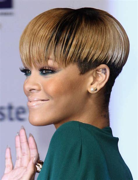 Coupe afro femme pour cheveux courts u2013 absolument canon et digne du2019envie
