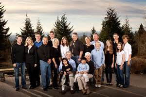 family photo shoot ideas on khakis family portraits and what to wear