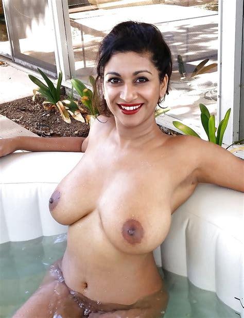 Indian Model Dakini Hot Nude Big Boobs Photo Shoot 40