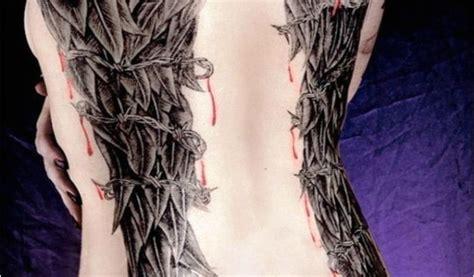 tatouage ailes  ange dans le dos femme epingle par jade