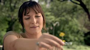 who is the girl in the otezla commercial stelara