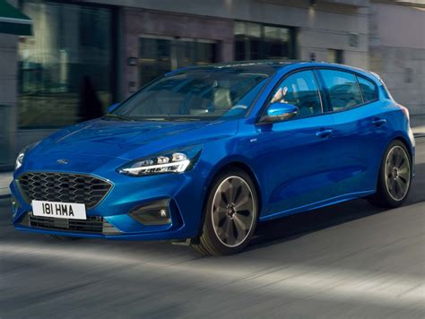 ford focus st  hatch  mark iv fourth generation