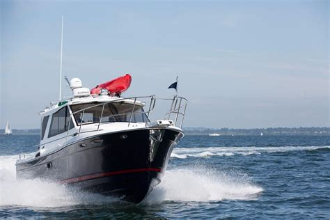 Cutwater Boats Performance by 2017 Cutwater 28 For Sale G Winter S Sailing Center Inc