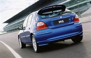MG ZR Hatchback Review (2001 - 2005) Parkers