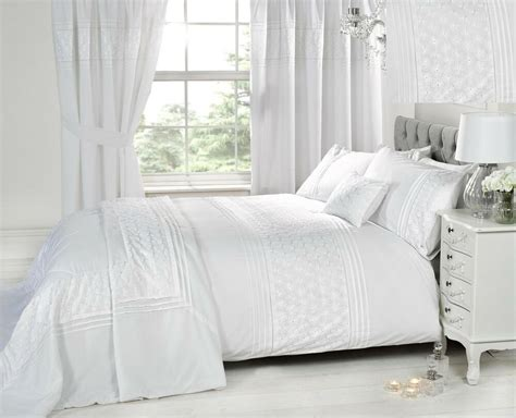 luxury white bedding bed sets  curtains matching