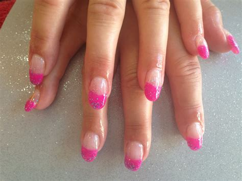10 Birthday Glitter Nail Designs Images