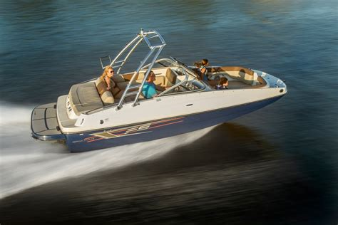 Round Deck Boat by Bayliner 195 Deck Boats New In Round Lake Il 60073 Us