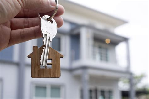 5 Questions You Should Ask Yourself Before Buying a Home ...