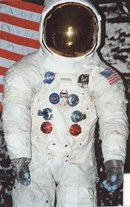 Space suits, Apollo 11 and Neil armstrong on Pinterest
