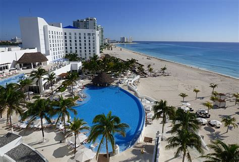 The Best Luxury All-inclusive Resort In Cancun
