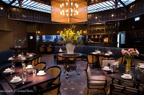 cuisine restaurants mott 32 restaurant in hong kong bars