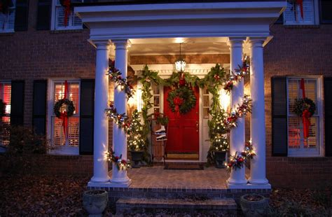 31 Exterior Christmas Decorating Ideas  Inspirationseekcom