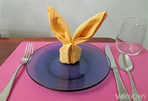 Hasen Servietten Falten by How To Fold Easter Bunny Napkins For The Table Topper