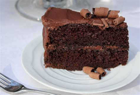 moist cakes moist chocolate cake with chocolate buttercream frosting