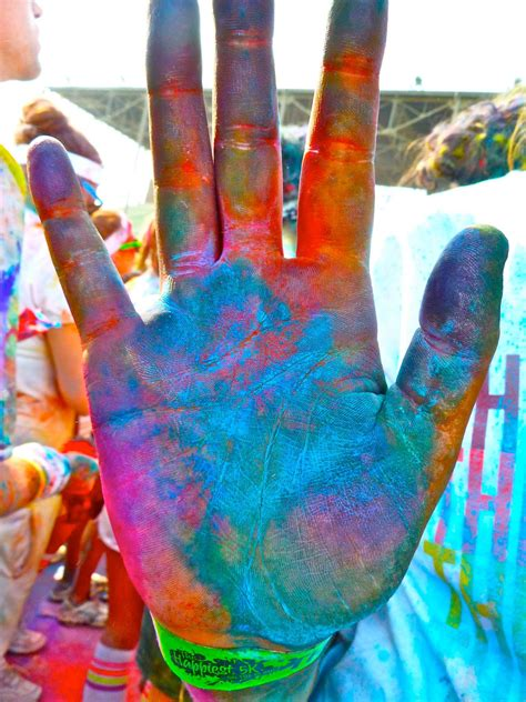 color run paint high five color runners thecolorrun paint run the