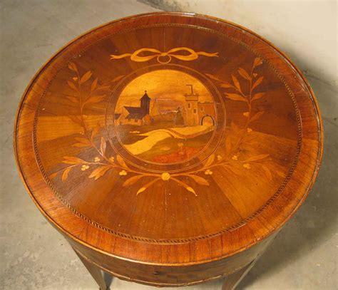 siege coiffeuse ebéniste d restaurateur de meubles et de table à jeux