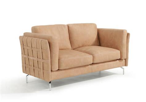 how to choose sofa material choosing between leather sofa and fabric sofa la