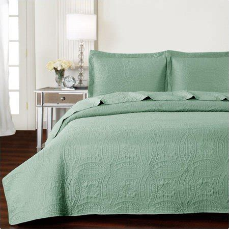 Green Coverlet King by Mellanni Bedspread Coverlet Set King Cal King Olive