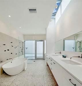 faience blanche salle de bain conseils et idees de decoration With salle de bain design avec décoration bureau professionnel design