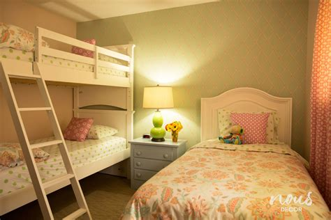 3 Beds In One Room Ideas Perfect Best Bunk For Small Rooms