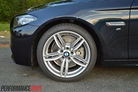 bmw  touring  sport review video