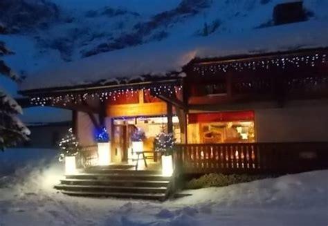 chalet sous la neige bienvenue au chalet dans la neige picture of le refuge du bois chagny en vanoise