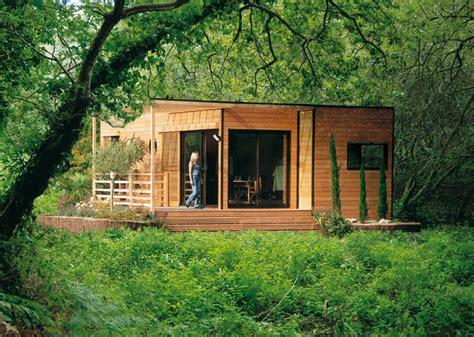 les avantages d une maison en bois abris jardin