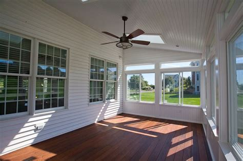 25 best small enclosed porch ideas on