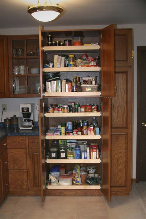 24 inch kitchen cabinets kitchen cabinets pull out pantry pantry this pantry is 7303