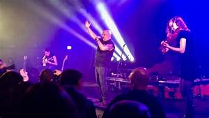 BLAZE BAYLEY And THOMAS ZWIJSEN Perform IRON MAIDEN's ...