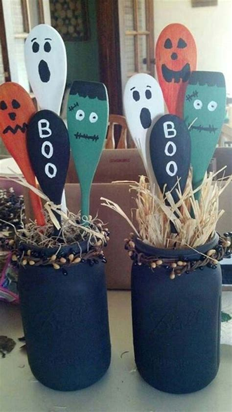 upcycled halloween decor scrapality