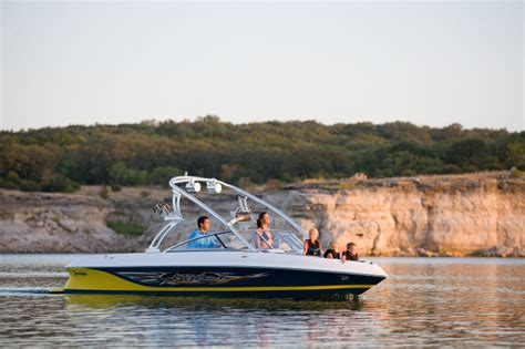 Tige Boat Windshield by Research Tige Boats 24ve Ski And Wakeboard Boat On Iboats