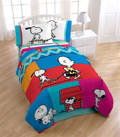 sweet dreams with snoopy and charlie brown comforter set