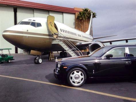 Jetsetting On Steve Wynn's Custom 737 Private Jet (full