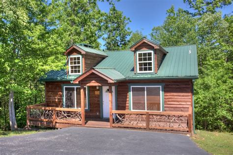 helen cabin rentals taste the most delicious wines at this popular helen ga