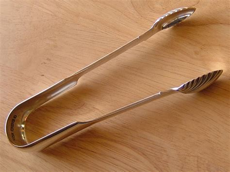 Scottish Silver Sugar Tongs, Edinburgh 1834
