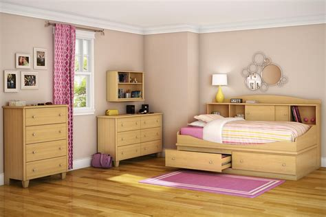 Bedroom With Bookcase by Awesome Bedroom Set With Wooden Bookcase Daybed And
