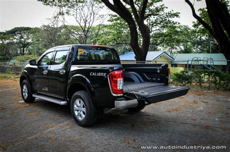 nissan np navara   el calibre car reviews