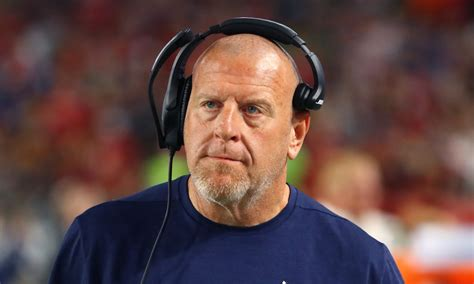 raiders coach tom cable  aged dramatically