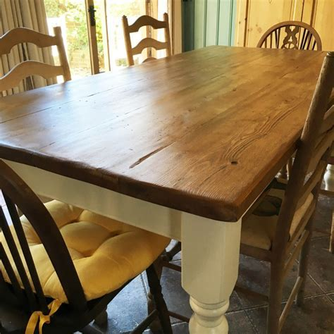 'Farmhouse' Table   Pine / Oak Top