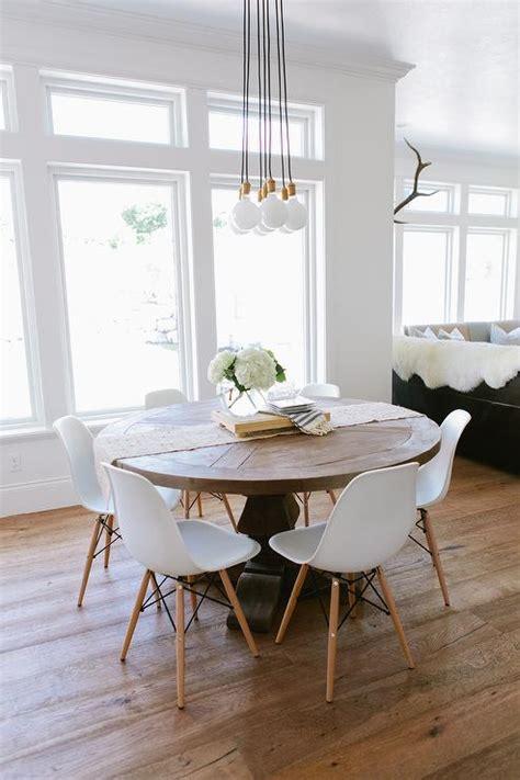 kitchen table chandelier clustered light bulb chandelier design ideas