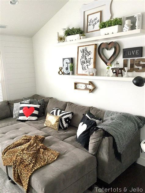 Living Room Decor Photo Gallery by 5 Simple Gallery Wall Ideas For The Home Simple