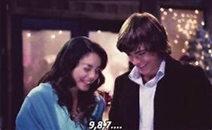 cute zac efron high school musical zanessa Vanessa ...