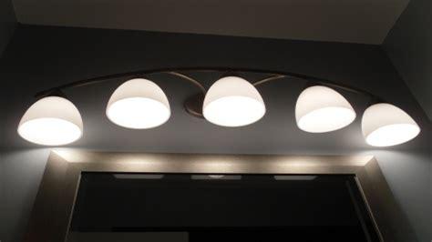 Bathroom Led Light Fixtures by Bathroom Mirror With Lighting Led Bathroom Light Fixtures