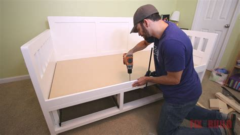 diy daybed  storage drawers twin size bed
