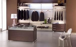 Abbigliamento - Arredamento Negozio Abbigliamento