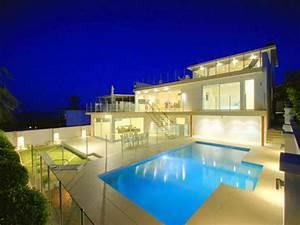 Luxury House Architecture Designs Wallpaper